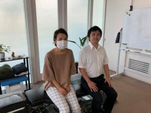 滋賀県草津市のカイロ院(整体ではない)デスクワークでの痛みの症例報告