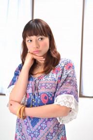 悩む女性02 滋賀県草津市の整体・ライフスタイルカイロプラクテイック